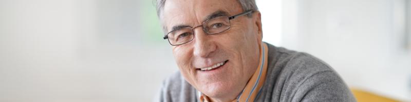 O câncer de próstata é uma doença do idoso.